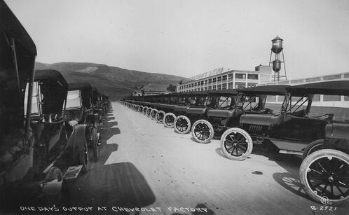 Oakland_Chevrolet_factory_c.1917
